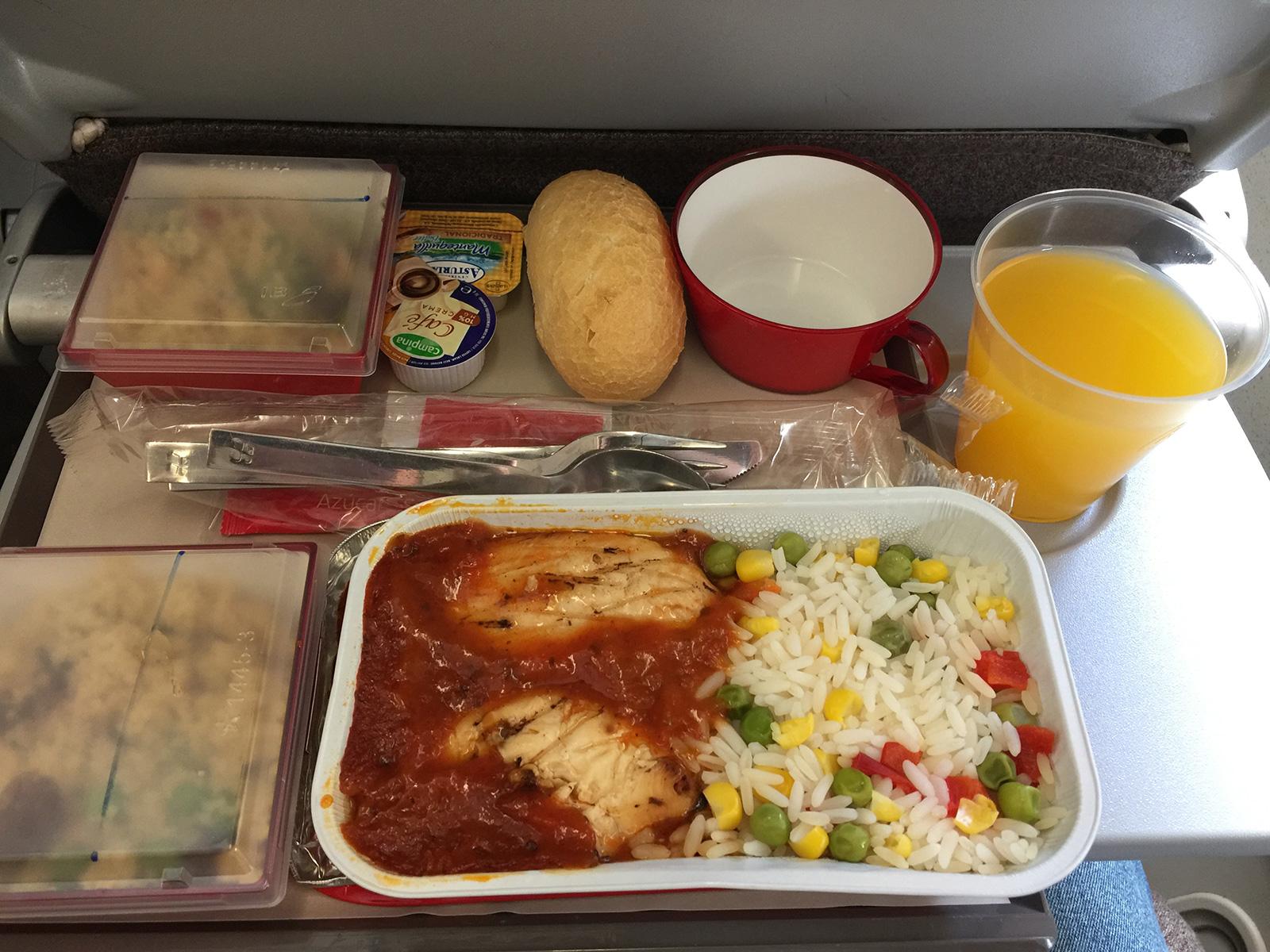 Almuerzo a bordo de un Vuelo de Iberia