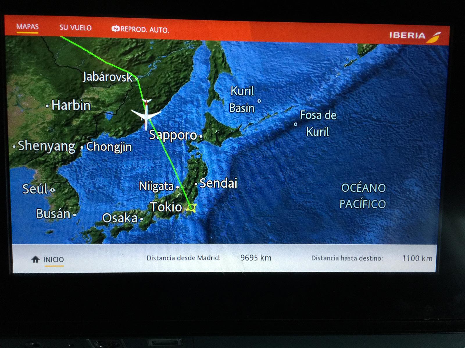 Acercándonos a Japón desde Rusia con un Avión de Iberia