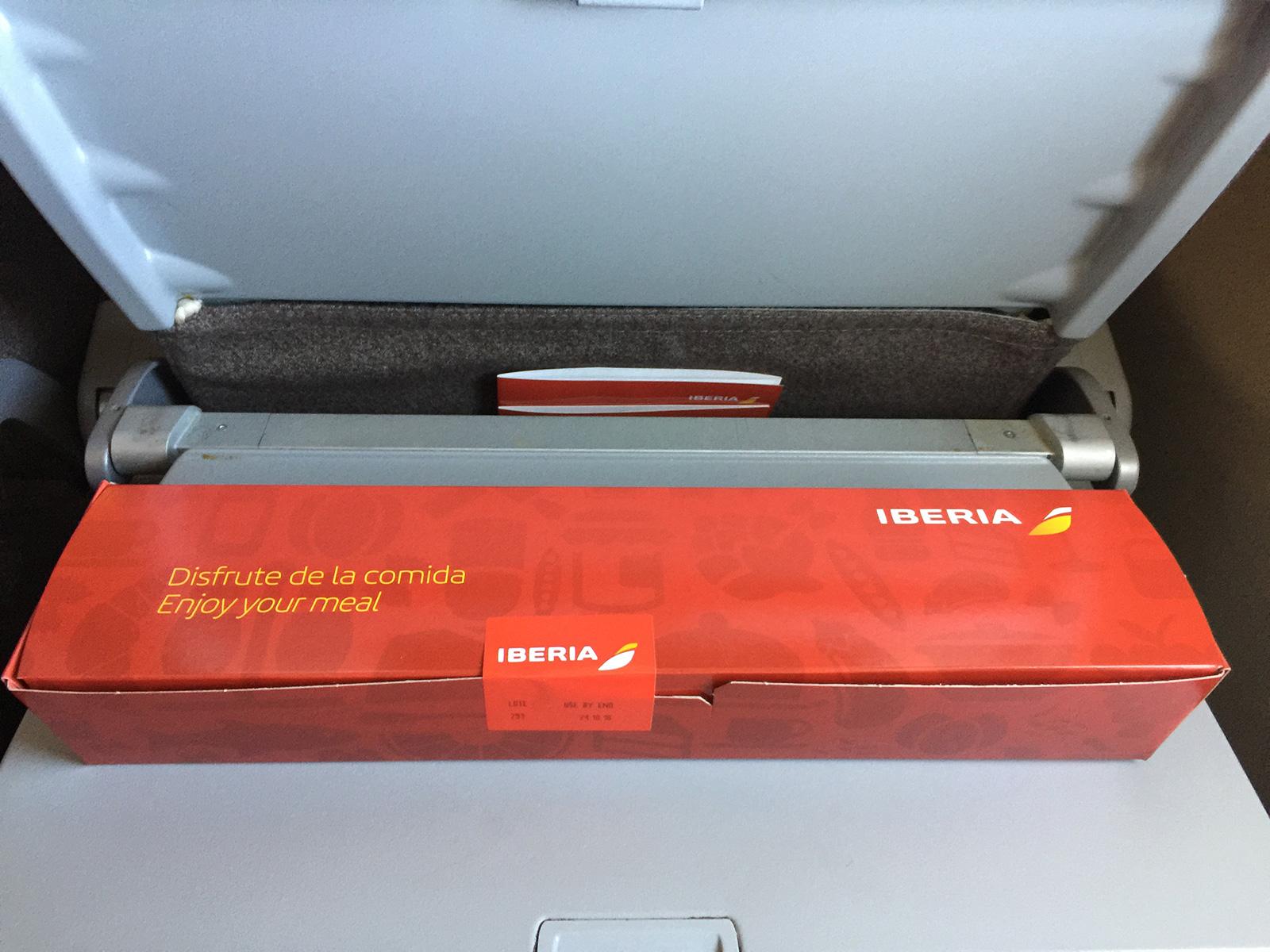 Desayuno a bordo de un Vuelo de Iberia