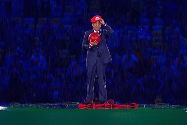 Shinzo Abe vestido de Mario en los Juegos Olímpicos
