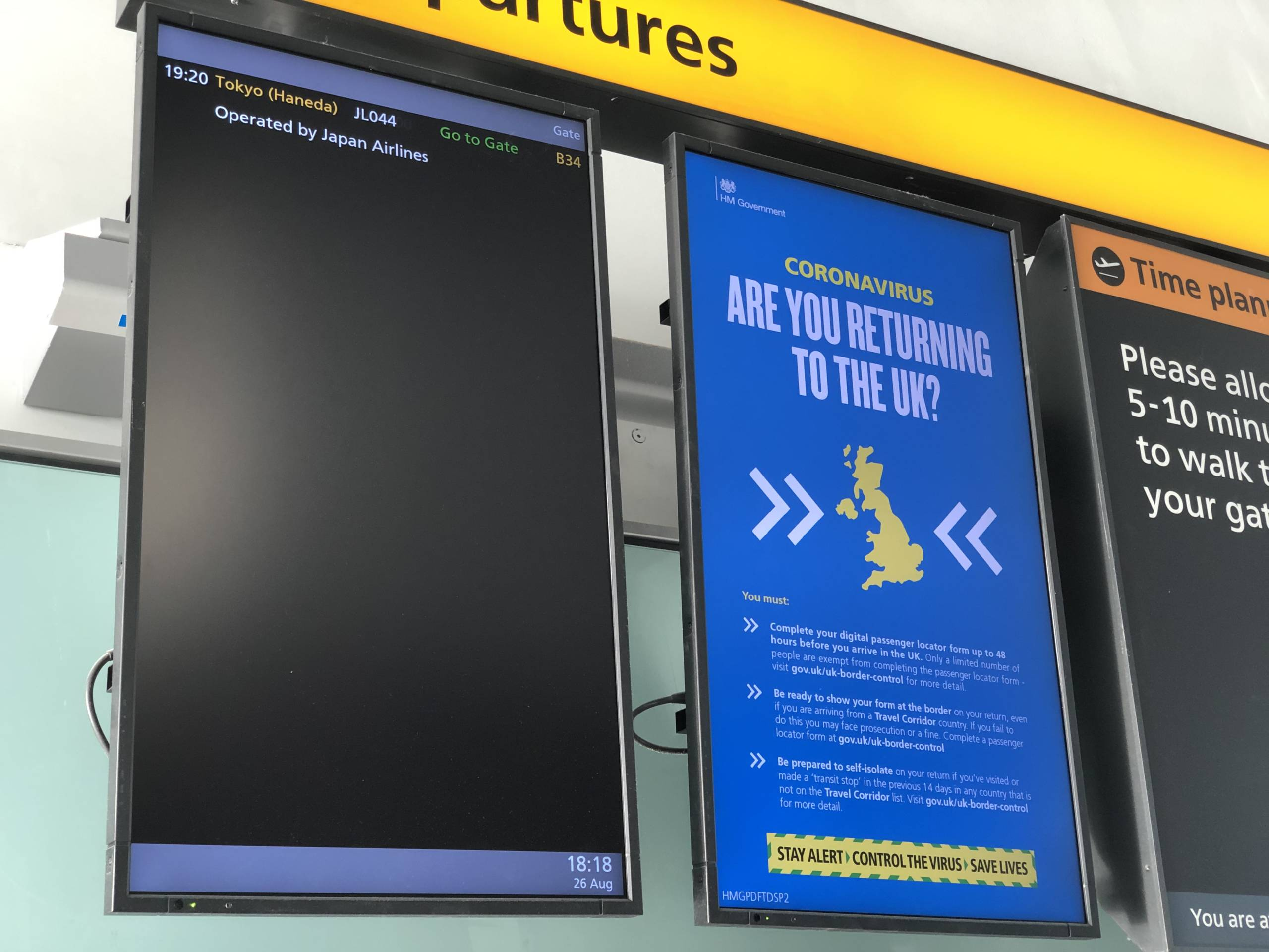 Mi vuelo es el único anunciado en toda la terminal
